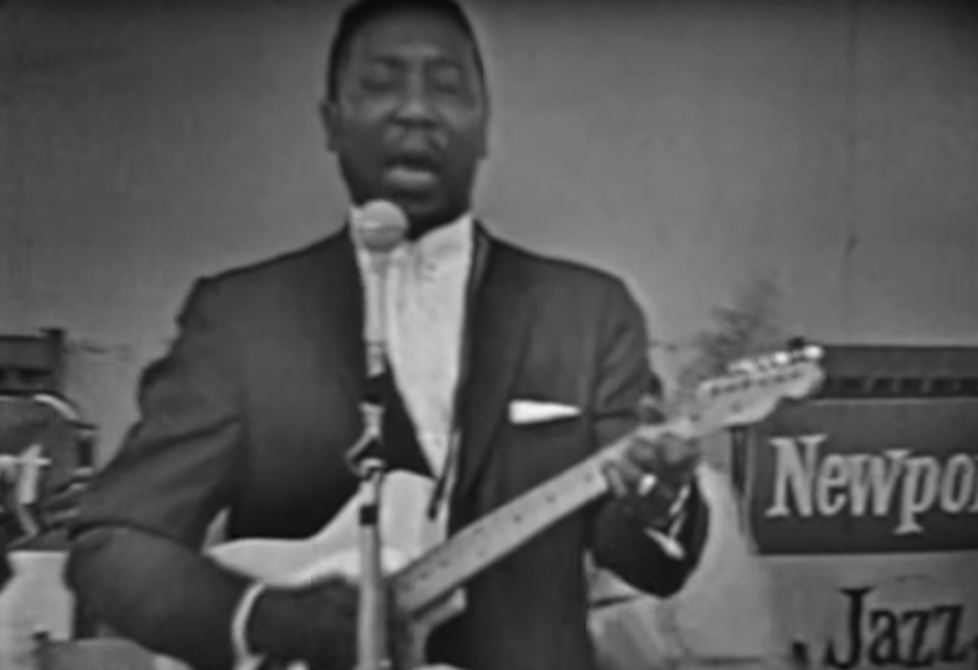 muddy-waters-at-the-newport-jazz-festival-1960